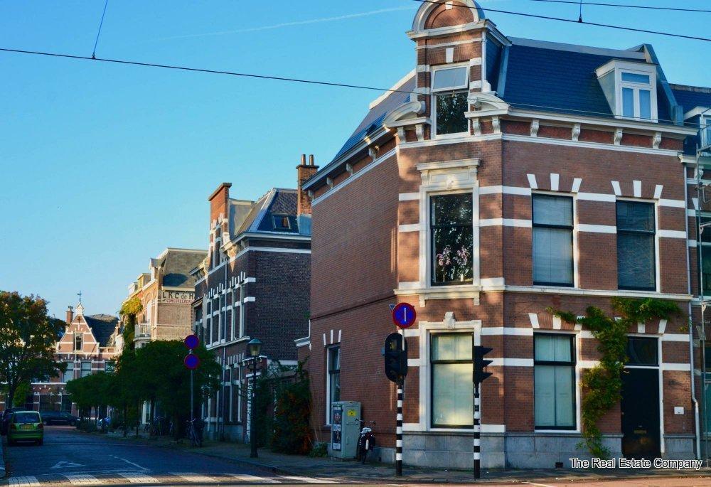 Den Haag, Laan van Meerdervoort 83