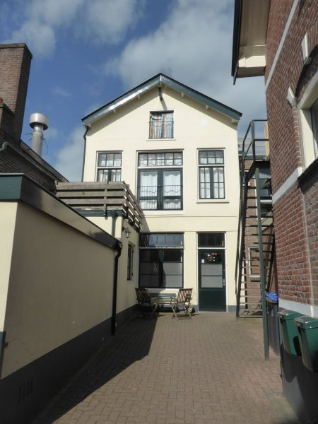 Diepeweg 11c, Hilversum