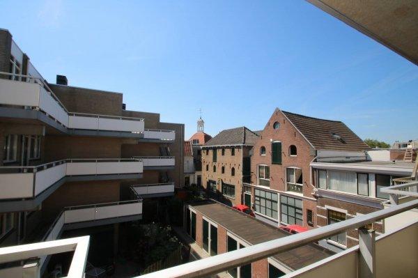 Schie 146, Schiedam