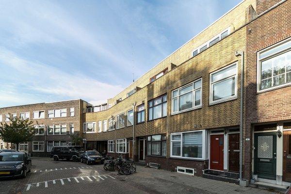 Newtonstraat, Schiedam